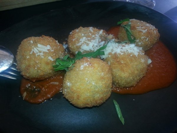 Ripples Milsons Point, review, Homemade meatballs, braised tomato sauce, fresh basil