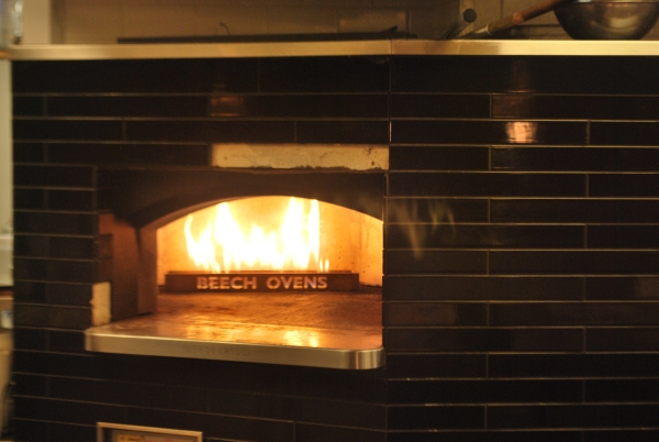 Locale, Noosa Heads, wood fired oven pizza