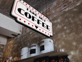 Showbox Coffee Brewers,Manly