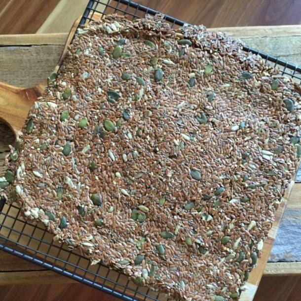 Flax seed & chia seed crackers, recipe, detox