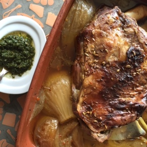 Lamb shoulder – slow cooked withfennel
