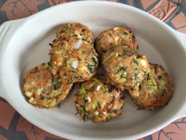 Fishcake bites - with salmon, ricotta & zucchini