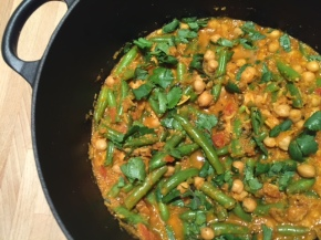 Southern Indian Vegan Curry with Coconut &Chickpeas