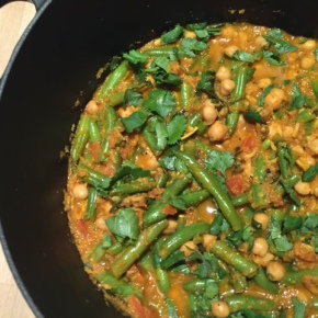 Southern Indian Vegan Curry with Coconut & Chickpeas