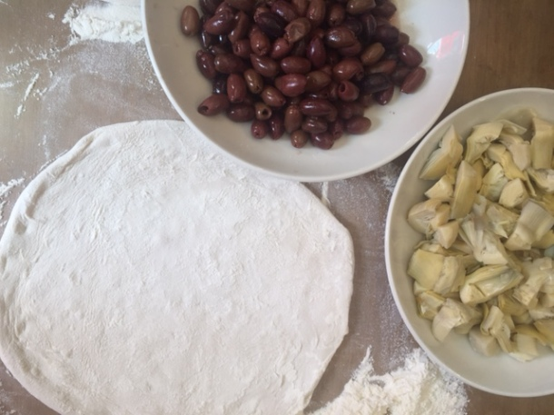 Making perfect pizza dough at home