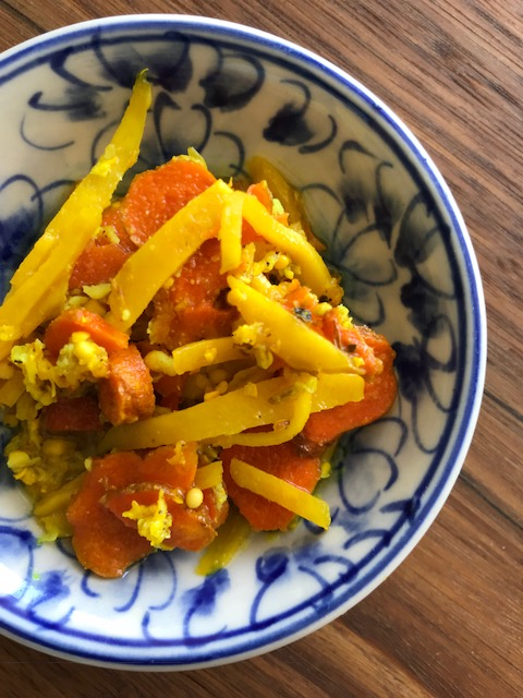 Immune boosting turmeric, ginger & garlic pickle