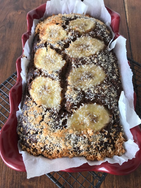 Healthy banana bread with banana flour (gluten free)