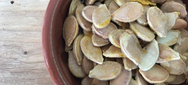 Crispy pumpkin seeds