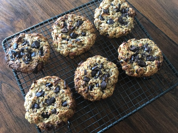 Easy vegan oat cookies