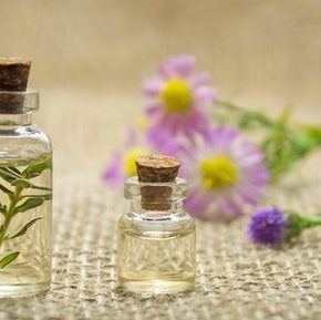Top 5 essential oils for health &wellbeing